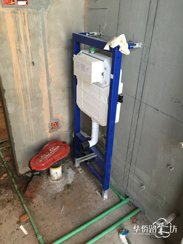 墙排坐便器水箱