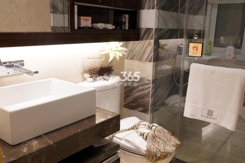 银亿东城C1样板间——卫浴