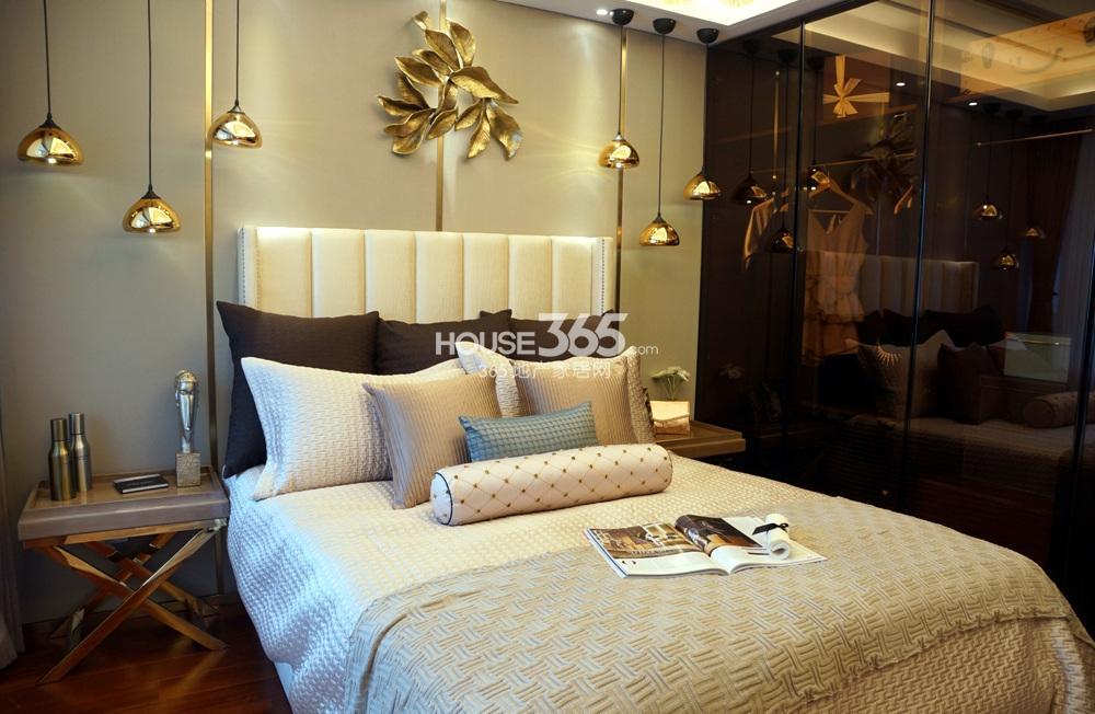 银亿东城C1样板间——卧室