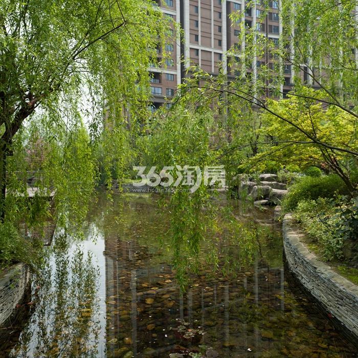 越秀星汇城庭院景观实景图