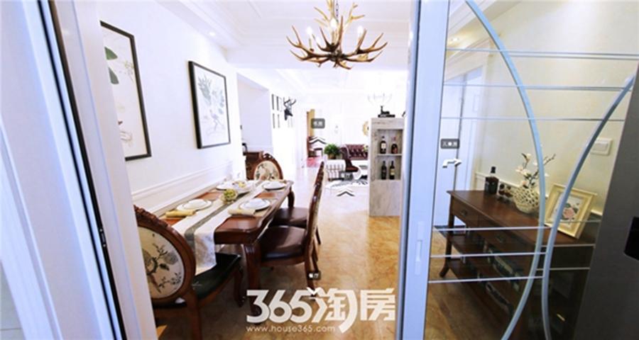 东方蓝海B1户型约115㎡样板间-餐厅