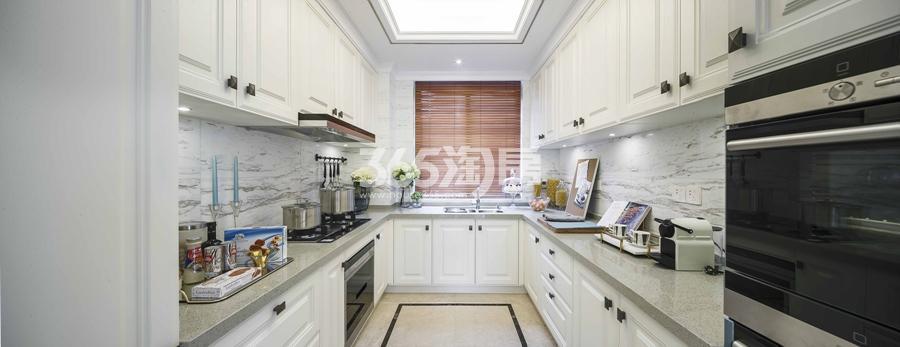 新城香悦公馆P2户型图180方样板房——厨房