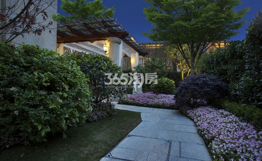 新城香悦公馆P2户型图180方样板房——庭院